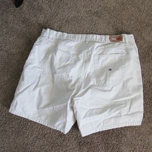 Tommy Hilfiger Shorts - Light Tan Tommy Shorts